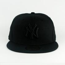 Boné New York Yankess Snapback / La Aba Reta - Ajustável