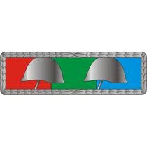 Barreta Militar : Medalha Corpo De Tropa (2 Capacetes)