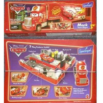 Disney Pixar Cars Mack Playset - Lava Jato