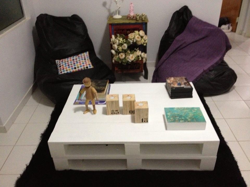 Mesa de centro de pallets pintada de branco r 179 00 no - Mesa centro palet ...