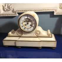 Relógio De Mesa Francês Antigo De Mármore Branco