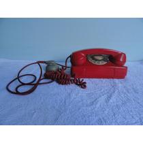 Antigo Telefone De Mesa A Disco Na Cor Vermelha