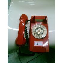 Telefone Antigo De Disco Na Cor Vermelha ( I )