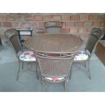 Mesa Com Quatro Cadeiras