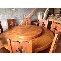 Mesa Em Madeira Maciça Com Tampo Giratorio E 8 Cadeiras