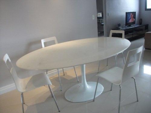 Mesa Jantar Saarinen Oval Mármore Branco Extra 1,60 X 0,90m