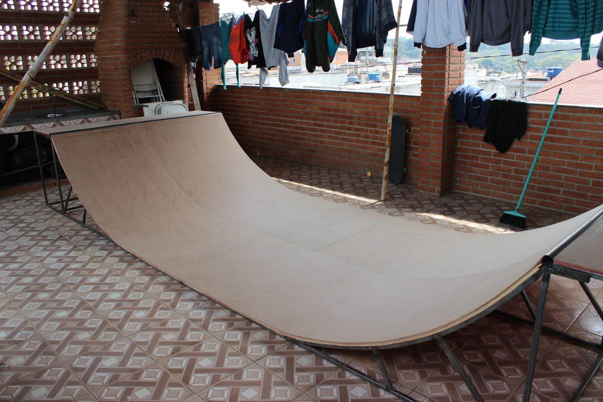how to build a skateboard mini ramp