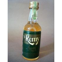 2582 Miniatura De St Remy Aperitivo Da Stock Do Brasil.