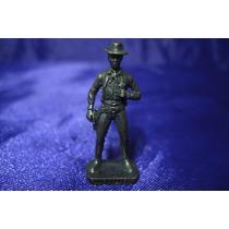 Miniatura Soldado Pat Garret Kinder Ovo Antigo Metal Scame