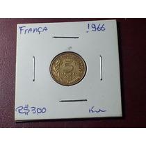 Antiga Moeda Da França, 5 Centimes, Ano 1966