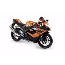 Miniatura Moto Suzuki Gsx-r1000 1:12 17 Cm Maisto