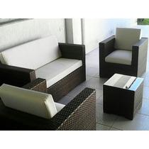 Sofá 2 Lugares, 2 Poltronas,mesa De Centro,fibra Sintética.