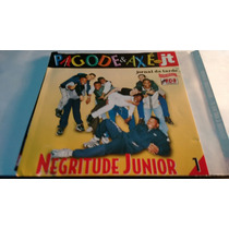 Encarte Negritude Junior