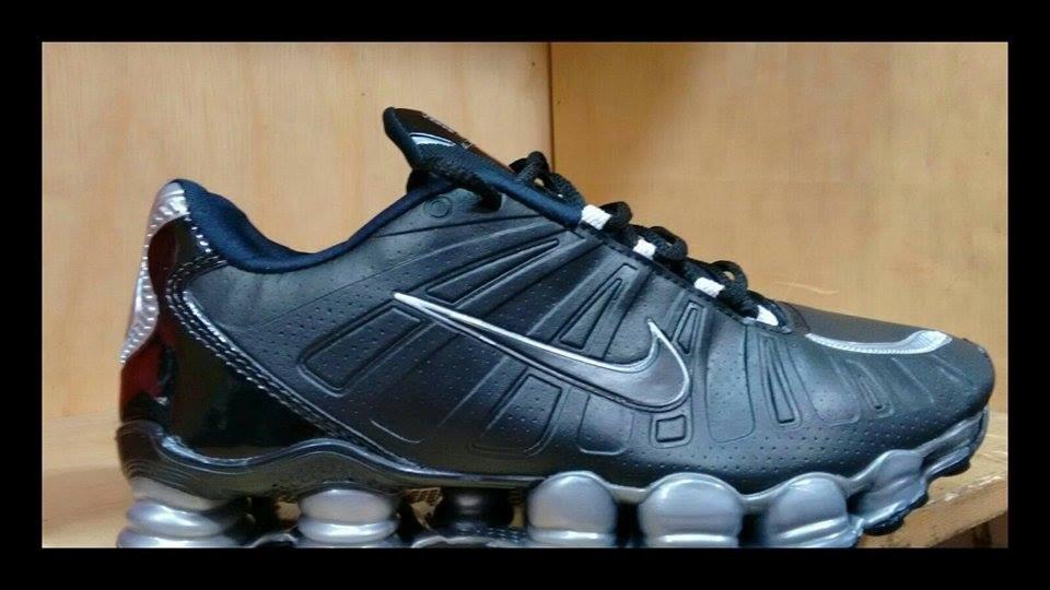 Nike Shox Nere E Oro