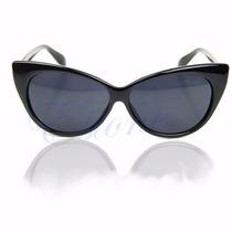 Lindo Oculos De Sol Estilo Gatinho Armação Preta Wayfarer