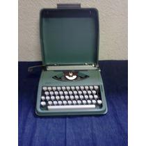 Maquina De Escrever Olivetti Letera 82 Usada