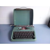 Antiga Maquina De Escrever Olivetti Lettera 82 Com Maleta