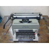 Máquina De Escrever Olivetti Linea 98 Com Fita Corretiva