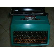 Maquina De Escrever Olivetti Studio 45- Funcionando