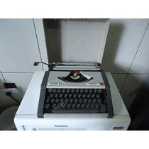 Maquina De Escrever Olivetti Tropical Década De 1970