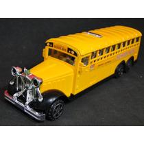 Onibus Escolar Amarelo School Bus Com 03 Eixos Frente Antiga