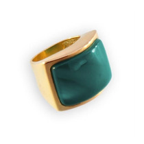 Anel Retangular Com Pedra Verde Esmeralda Dourado Tamanho 14