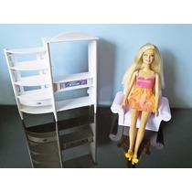 Boneca Barbie Mattel Móveis Casa Sala Poltrona E Estante