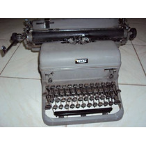Máquina De Escrever Royal