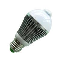 Lampada Led Bulbo C/ Sensor - 01 Ano Garantia