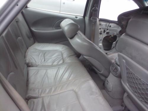 Parabrisa Traseiro Do Ford Taurus Lx Ano 1997