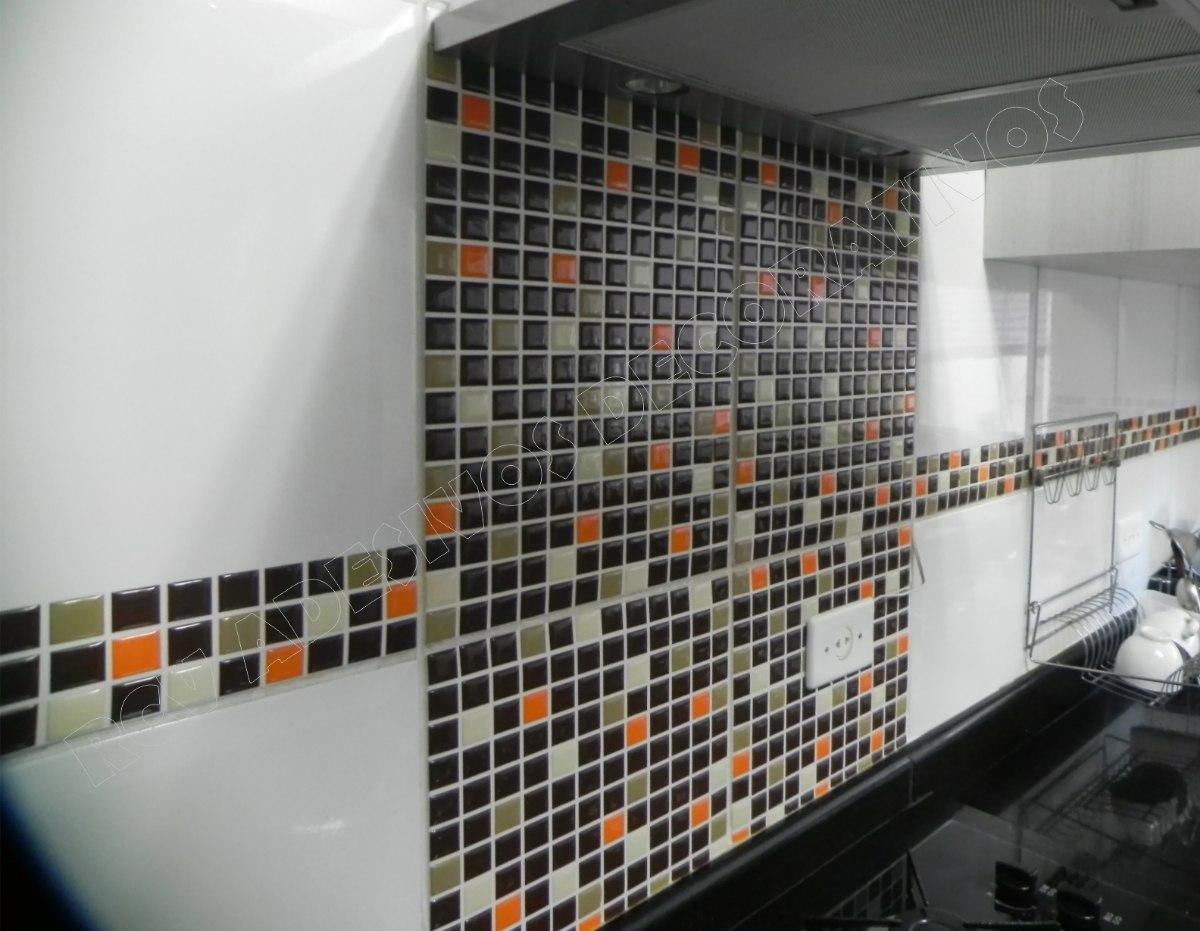 Pastilhas Adesivas Resinadas Banheiro Azulejo 30x30cm R$ 29 99 no  #A85623 1200x931 Banheiro Com Azulejo Que Imita Pastilha