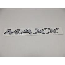 Emblema Adesivo Maxx Celta Corsa Prisma 2008 Em Diante Prata