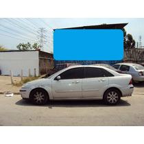 Porta Dianteira Esquerda Ford Focus Sedam Ano 05 Só Lata