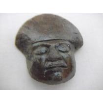 B. Antigo - Máscara Escultura Antiga Em Pedra