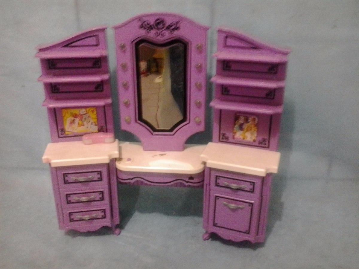 Penteadeira Da Barbie R$ 60 00 no MercadoLivre #AE4F1D 1200x900 Banheiro Da Barbie Mercadolivre