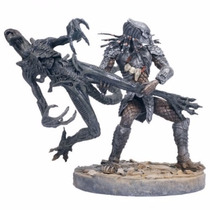 Alien Vs Predador Celtic Predator Throws Mcfarlane Playset