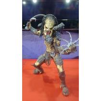 Predador Wolf Unmasked - Aliens Vs Predador / Neca