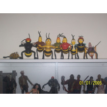 Lote Com 9 Bonecos Da Animação Bee