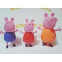 Coleção Familia Peppa Pig Com Três Bonecos Em Plastico 11 Cm