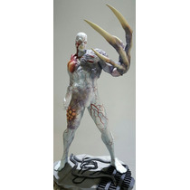 Resident Evil Tryrant Statue 1/6 Hollywood