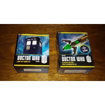 Doctor Who Sonic Screwdriver + Light-up Tardis Kit Miniatura