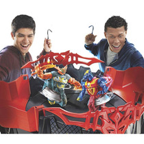 Beyblade Arena Beywarriors Octagon Showdown + 2 Pião Hasbro