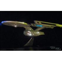 Star Trek U.s.s. Enterprise Ncc-1701 Bandai - Com Iluminação