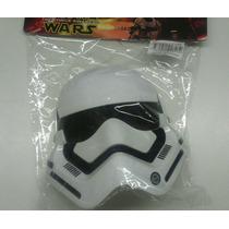 Mascara Stormtrooper Ou Darth Vader Com Luz No Olho Infantil