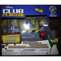 Club Penguin Playset - Gary Com Veículo De Neve Long Jump