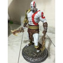 Kratos Em Resina Maciço. Réplica Impecável.
