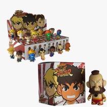 Caixa C/20 Mini Bonecos Coleção Street Fighter Kidrobot