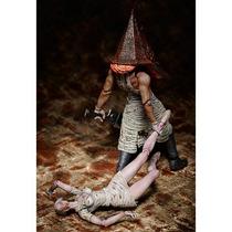 Figma Silent Hill 2 - Bubble Head Nurse E Red Pyramid Thing