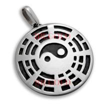 Medalha Grande Masculina Yin Yang Baguá Em Prata 925