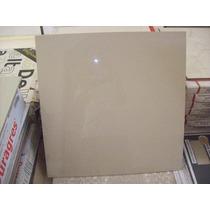 Avorio-60 Porcelanato 60x60 Polido Caixa Contem 1,80m²